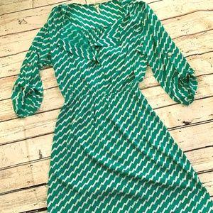 Dresses & Skirts - Chevron print boutique dress (S)
